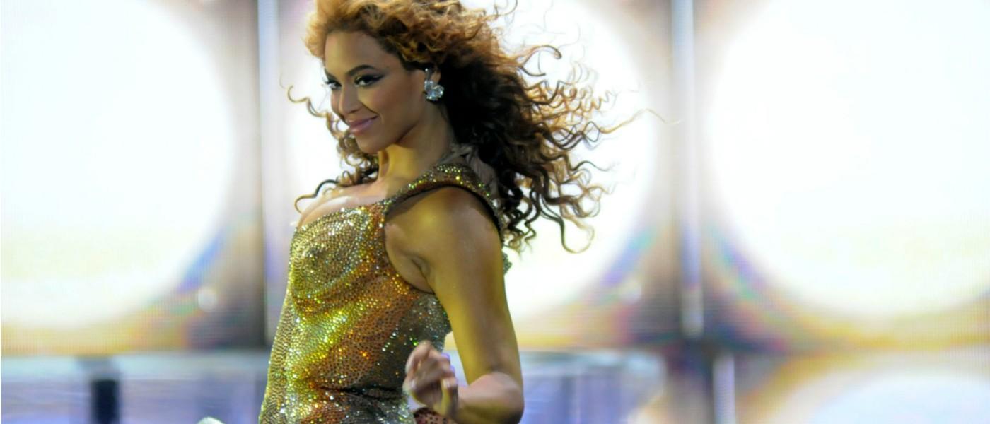 Beyonce Knowles See-Through Nips Flashing At Beyonce