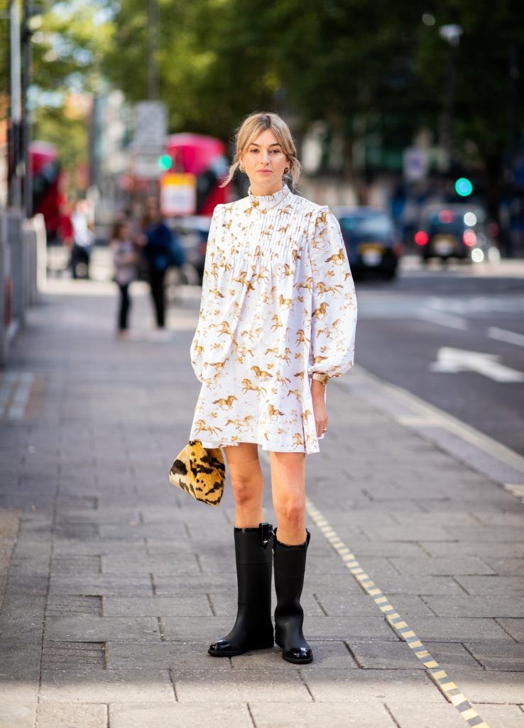 brilliant rainy day outfit ideas 15
