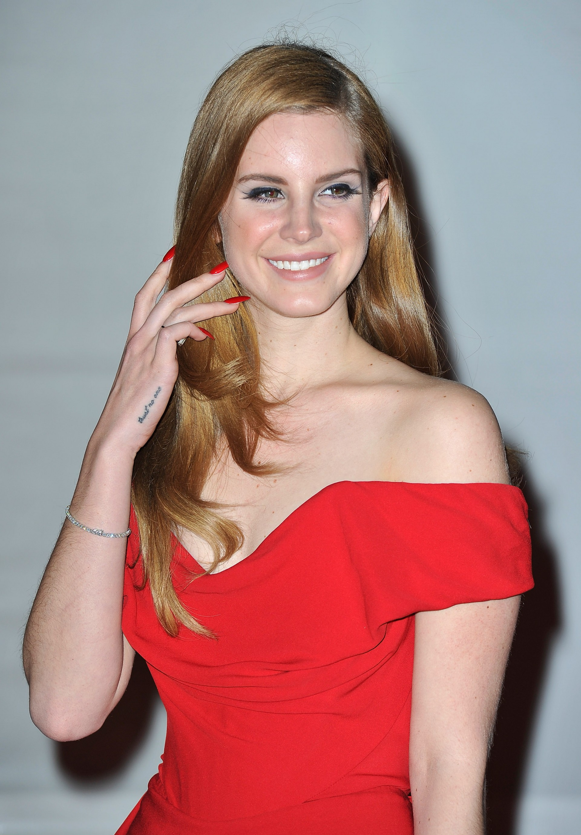 An Ode To Lana Del Rey's 'Burn Dress'