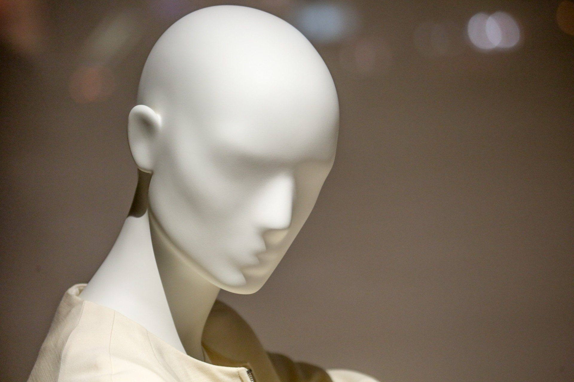 'Thicc' Mannequins Are Our Future